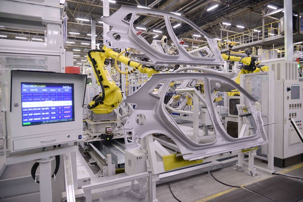 Для запуска производства компактного кроссовера Creta российский завод компании Hyundai Motor установил 52 новых робота