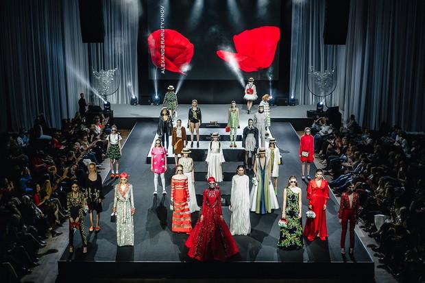 В Краснодаре состоялся модный показ EQUUS FASHION NIGHT 2016